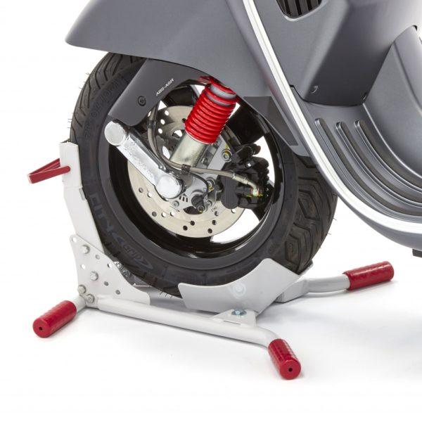 Acebikes Rollerwippe Vorderradhalterung Transportsicherung mit gummierten Füßen