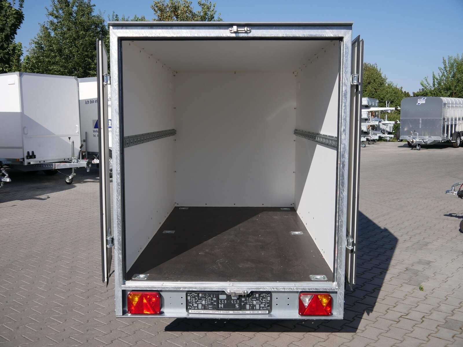 Kofferanhänger 2,62x1,30x1,50m 1300kg