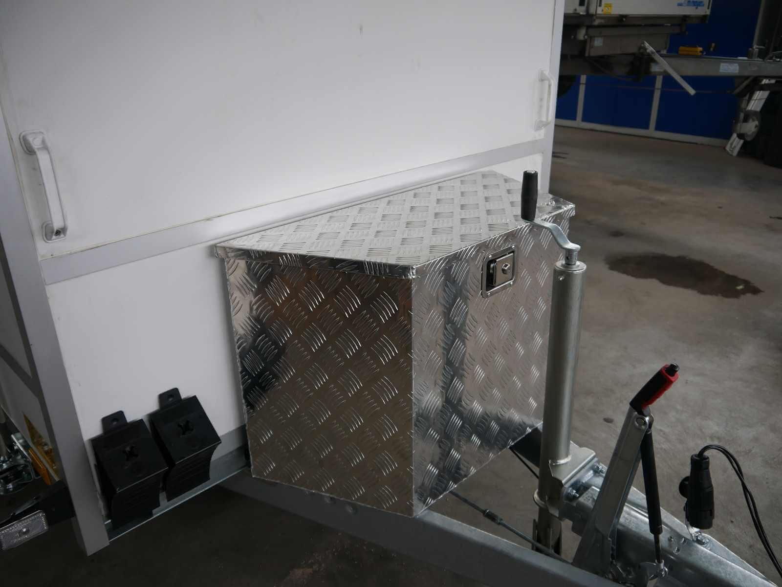große Aluminiumstaubox für Anhänger