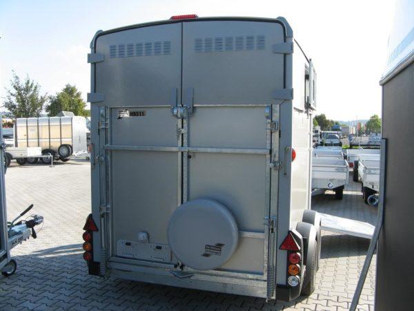 Ifor Williams HB 511 Pferdeanhänger Frontausstieg Rampen-/Türkombination